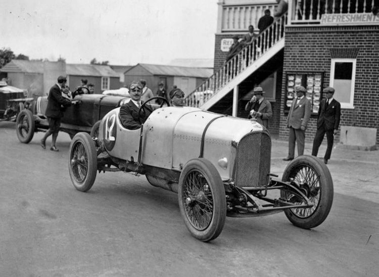 Fascist car fan: WG Barlow in a Bentley at Brooklands, August 1922.