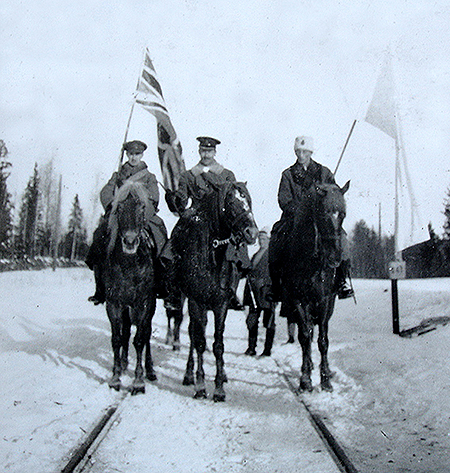 Steveni carrying a Union flag, Finland, 1918.