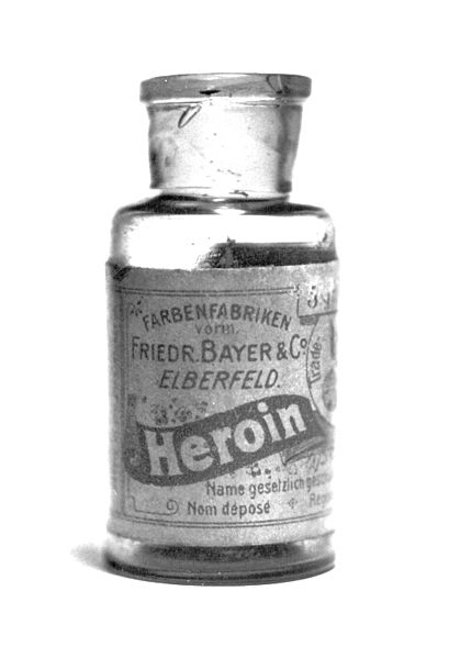 Bayer's pre-war heroin bottle, originally containing 5 grams of Heroin substance.