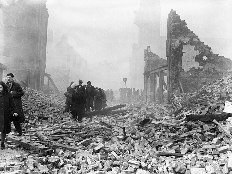 oventry the morning after the  Luftwaffe  air raid of November 14th, 1940.  © Bridgeman Images