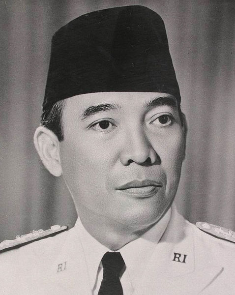 Official portrait of President Sukarno