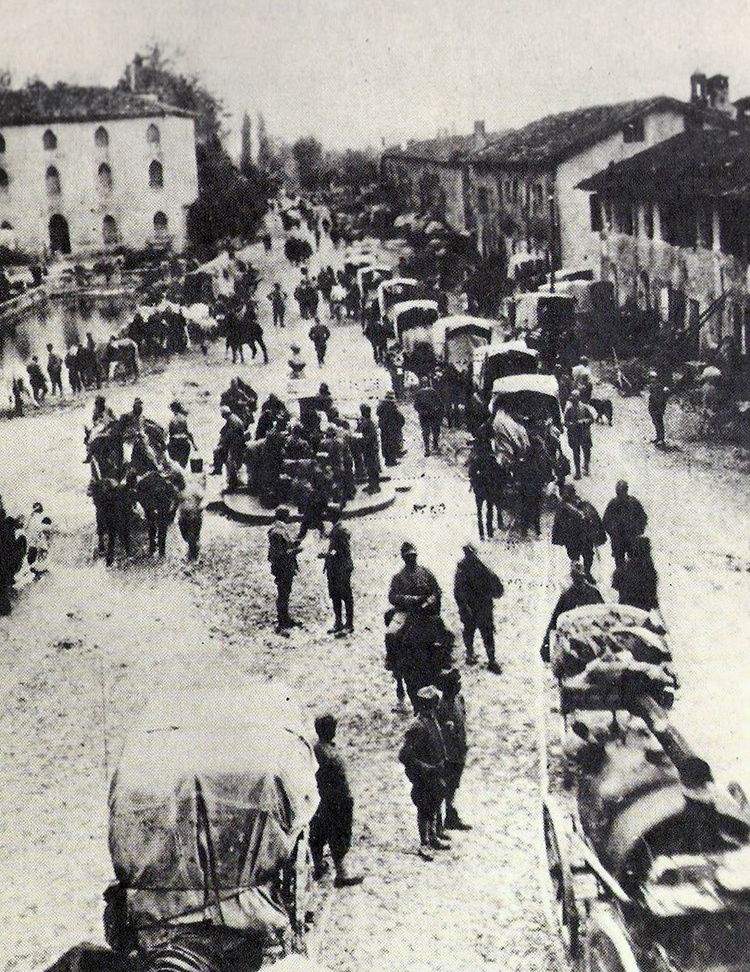 Italian troops in Caporetto, 24 October 1917.