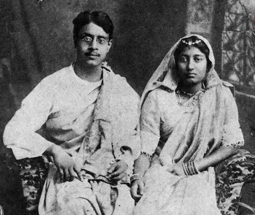 Sukumar Ray with his wife Suprabha Ray (1914).