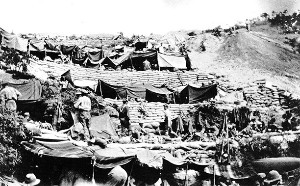 New Zealand soldiers encampment at Anzac Cove in 1915