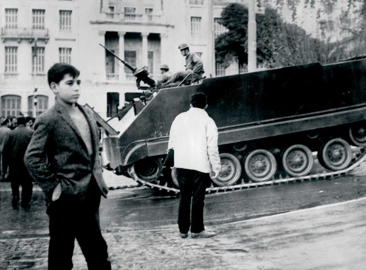 Armoured infantry in Athens, April 1967 © Bettmann/Getty Images.
