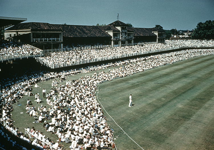 Out on the boundary: the 1961 Ashes test match at Lord's. © Popperfoto /Getty Images.