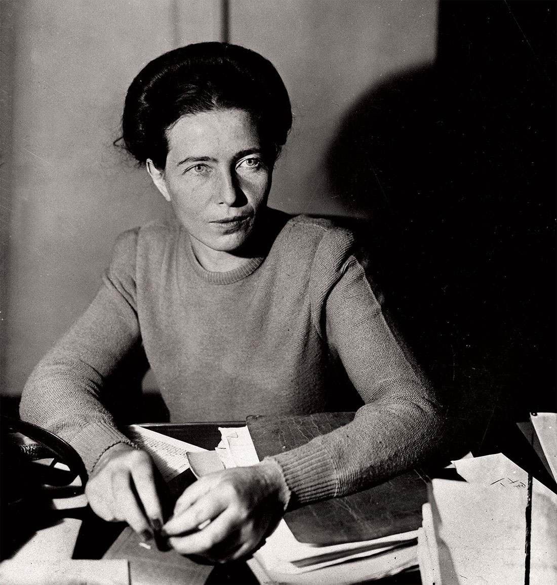 Belittled: Simone de Beauvoir, 1945.