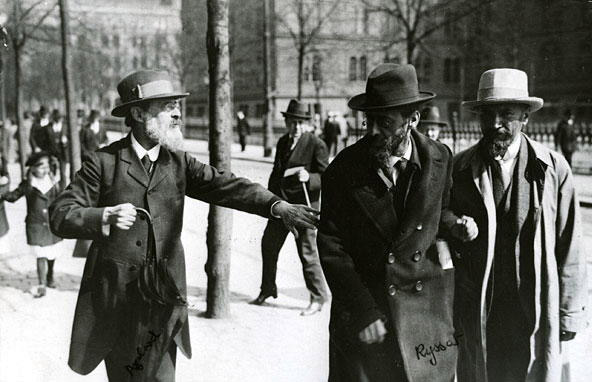 Leaders of the Menshevik Party at Norra Bantorget in Stockholm, Sweden, May 1917. Pavel Axelrod, Julius Martov and Alexander Martinov