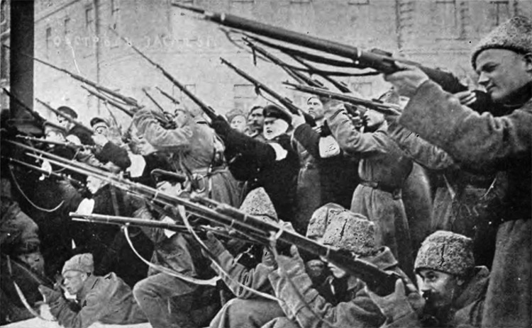 Soviets attacking the Czar's police in the early days of the March Revolution