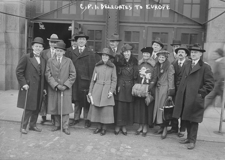 Bernays, second right, with other delegates of the Committee on Public Information, 1917.