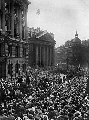 Onward Christian Soldiers: the funeral procession passes the Royal Exchange