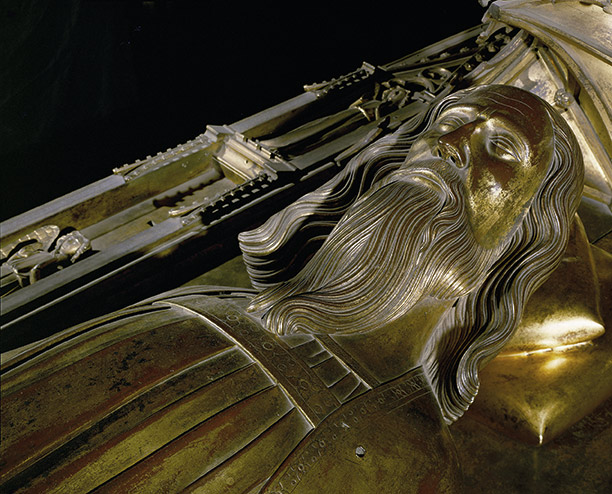 Lion and lamb: Edward III's tomb effigy in Westminster Abbey. AKG Images/Erich Lessing