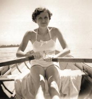 Eva Braun rowing on the Wörthersee, Munich, 1937