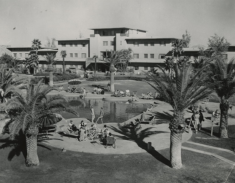 Siegel's Flamingo Hotel, opened in 1946.