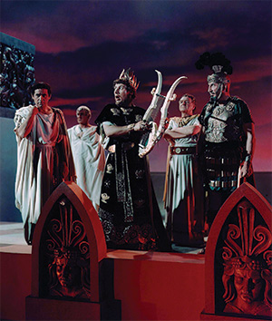 Lyre, lyre, Rome's on fire: Peter Ustinov (centre) plays Nero in the 1951 Hollywood film, Quo Vadis