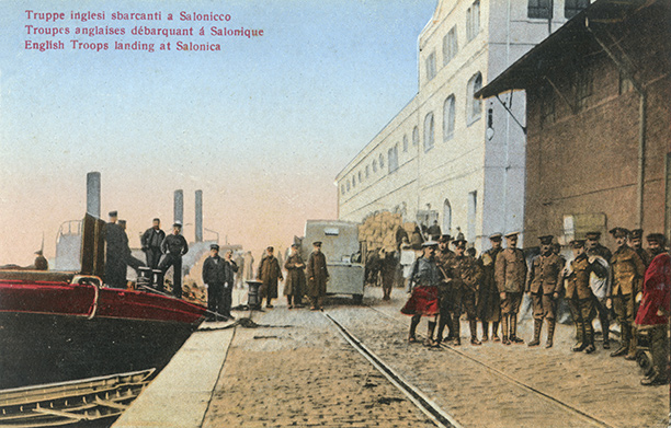 British troops land at Salonika military base in 1915
