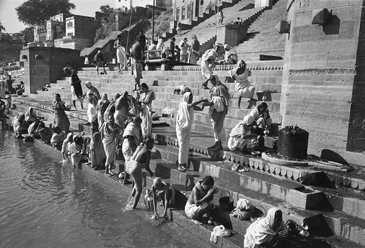Hindu pilgrims wash in the Ganges, c.1940