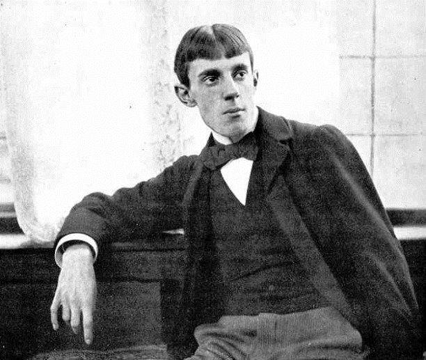 Portrait of Aubrey Beardsley by photographer Frederick Hollyer.