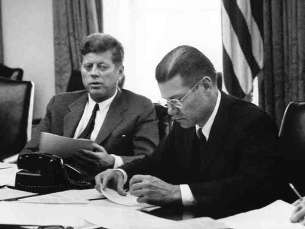 President Kennedy and Secretary of Defense McNamara in an EXCOMM meeting.