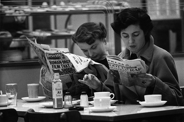Women devouring news around the time of the Bevan case. Getty Images/Bert Hardy
