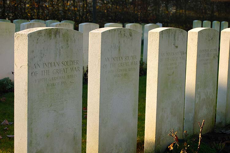 Graves of Indian soldiers from the Garhwal Rifle Brigade at Neuve Chapelle. (Andrew Sharpe)