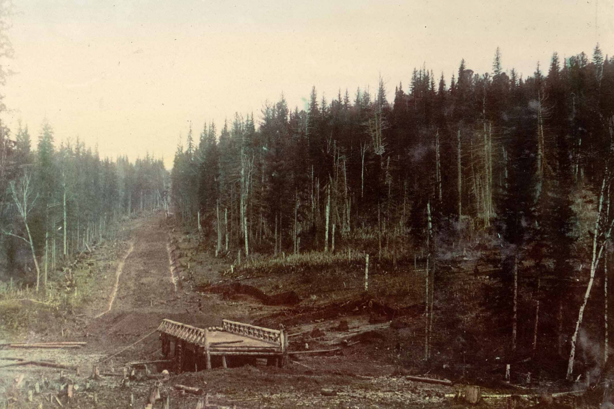 View of a bridge over the Chebula River. Chumay-Olenskaya street. 1906-1908. Library of Congress.