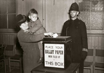 Mrs Blann casts her vote in the North Croydon by-election, 11 March 1948 © Getty Images.