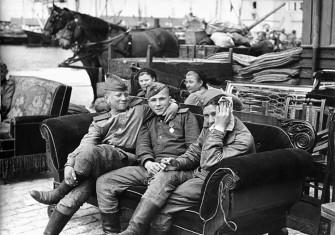 Soviet soldiers in Bornholm, 1945.