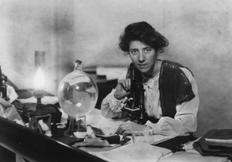Marie Stopes in her laboratory, 1904.
