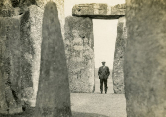 OGS Crawford photographed at Stonehenge in 1926. Photographer unknown. Image courtesy of the OGS Crawford Photographic Archive, Institute of Archaeology, Oxford.