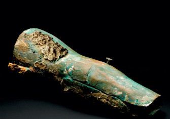 Modern reproduction of the Capua Limb  (c.300 BC), a now-destroyed Roman artificial leg, 1905-15.
