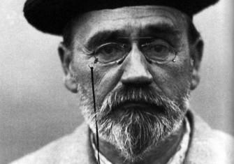 Émile Zola in 1902.