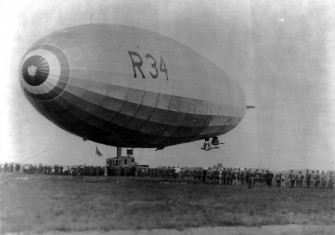 R34 landing at Mineola on 6 July 1919
