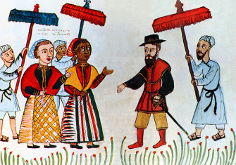 A Portuguese merchant is greeted by his Indian household, early 16th century.