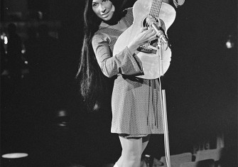 Buffy Sainte-Marie performing in the Netherlands, 1968.