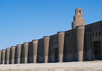 The walls and minaret of the Abu Dulaf mosque, Samarra, Iraq, ninth century.
