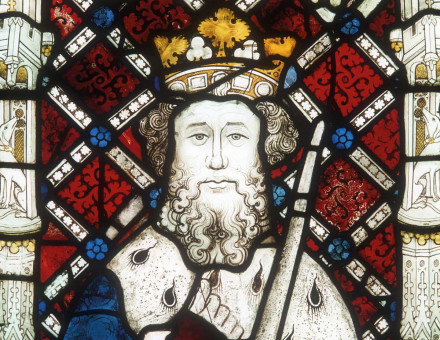 Window depicting Edward the Confessor, Canterbury Cathedral, 15th century © Bridgeman Images.