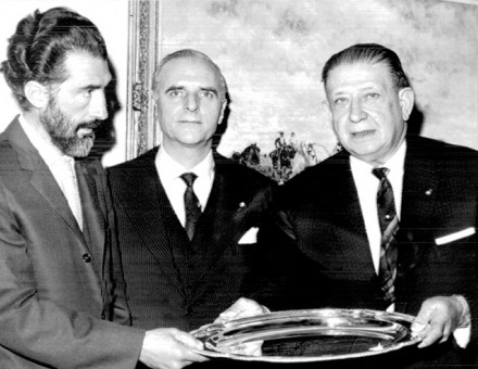 Angel Sanz-Briz (centre) when he was the Spanish consul-general in New York, January 1963
