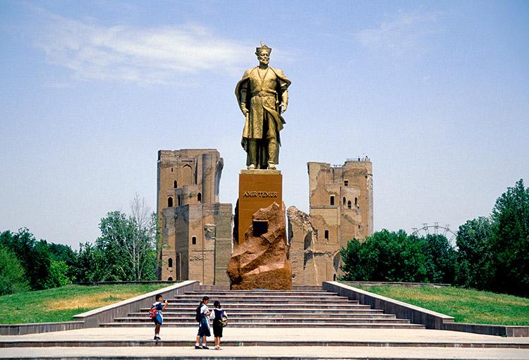 Statue of Timur, Shahrisabz.